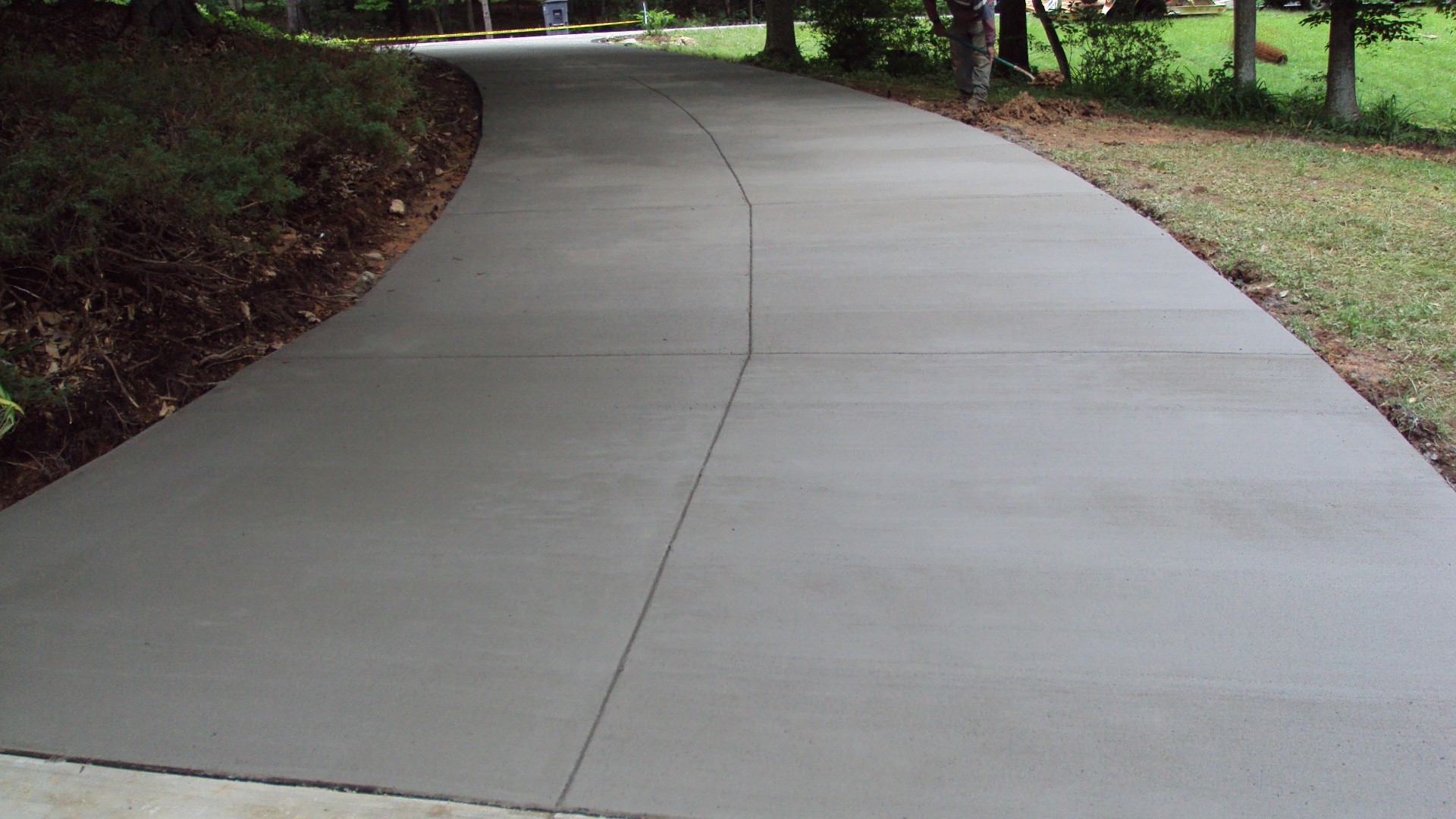 Is your driveway built with the right material welcome for Temperature to pour concrete driveway